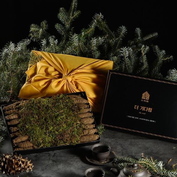 [선물포장] 더기다림 품격있는 더덕 선물세트1호 300g(9개~12개)
